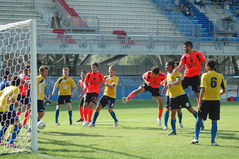 Il primo gol di Shiba contro la Renato Curi Angolana