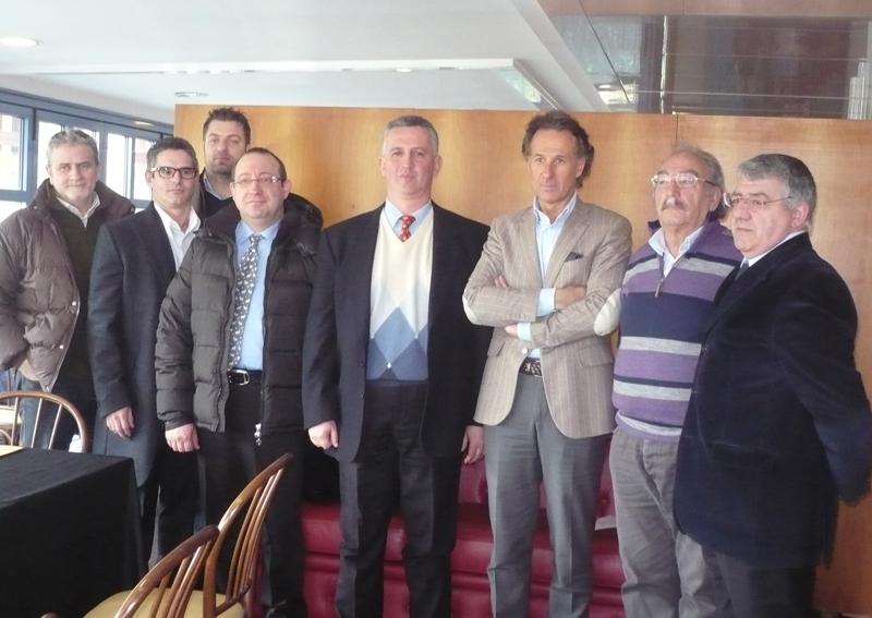 Simeone Zappasodi è il secondo da destra