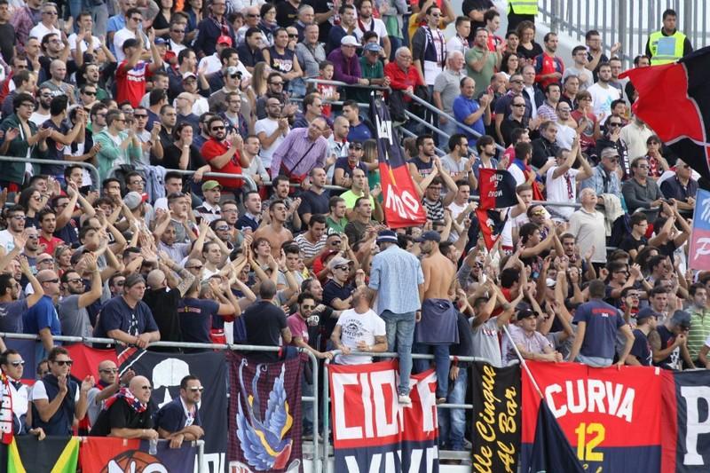 Tifosi rossoblu (Bianchini)