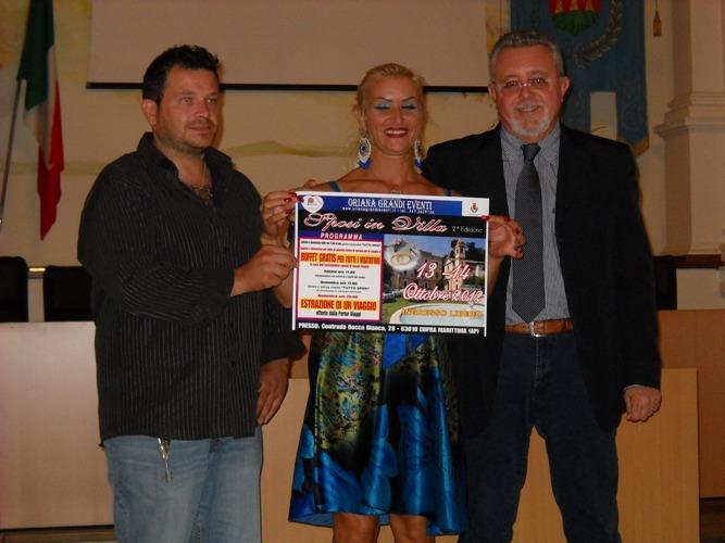 Assesore al turismo Marco Malaigia, Pino Neroni presidente della Pro Loco e Oraina Grandi Eventi
