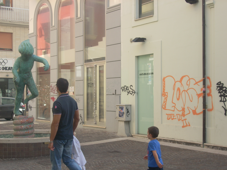 Writers in azione in Riviera