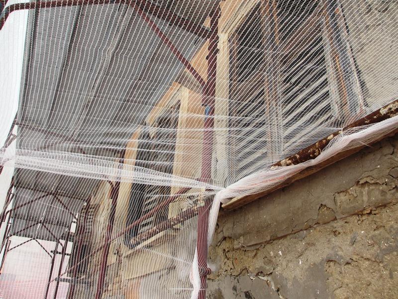 Le evidenti pericolosità dell'edificio  (3)