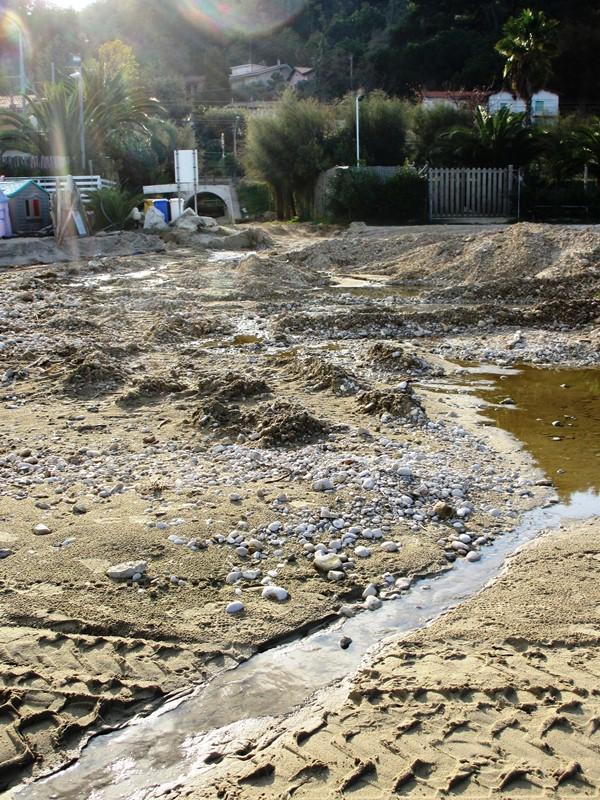 Spiaggia fronte concessione Gabry  (3)