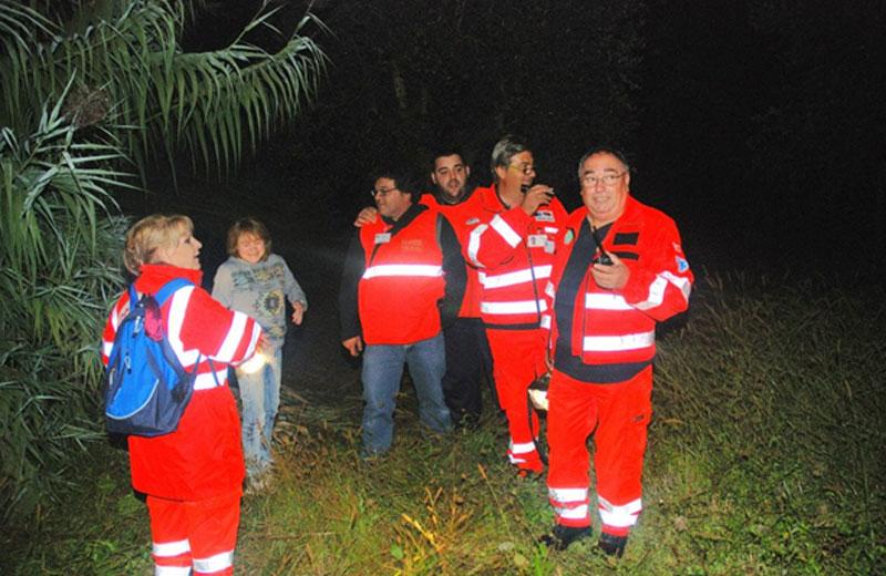 Esercitazione notturna della Croce Verde di Villa Rosa