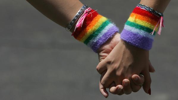 Registro per le coppie di fatto anche a San Benedetto? (foto da www.wired.it)