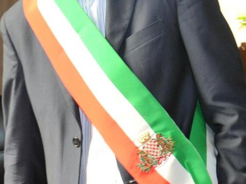 La Fascia Tricolore, simbolo di prestigio e disgrazie