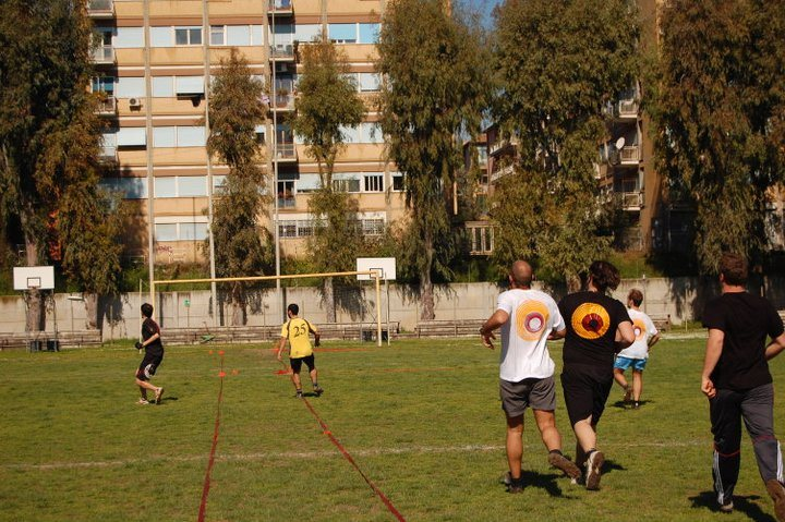 Ultimate Frisbee S.B.T in allenamento - outdoor