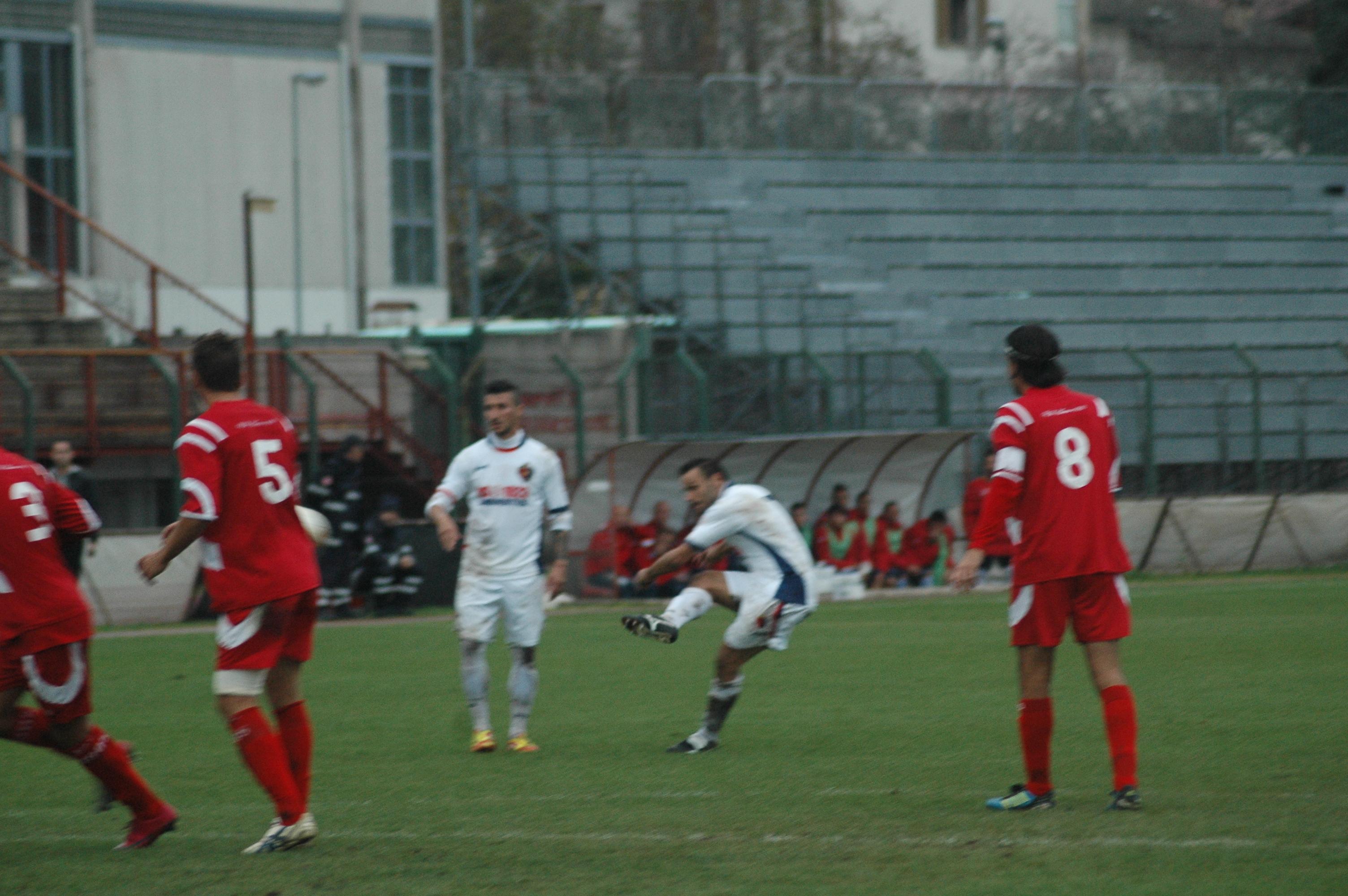 Samb-Ancona, punizione di Napolano nel finale (GIAMMUSSO)