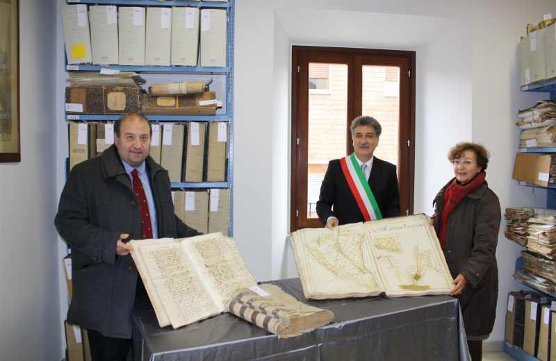 Inaugurazione Archivio Storico di Grottammare. Andrea Antonini e Luigi Merli