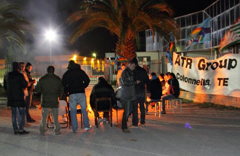 Sciopero ad oltranza all'Atr di Colonnella (foto Di Benedetto)