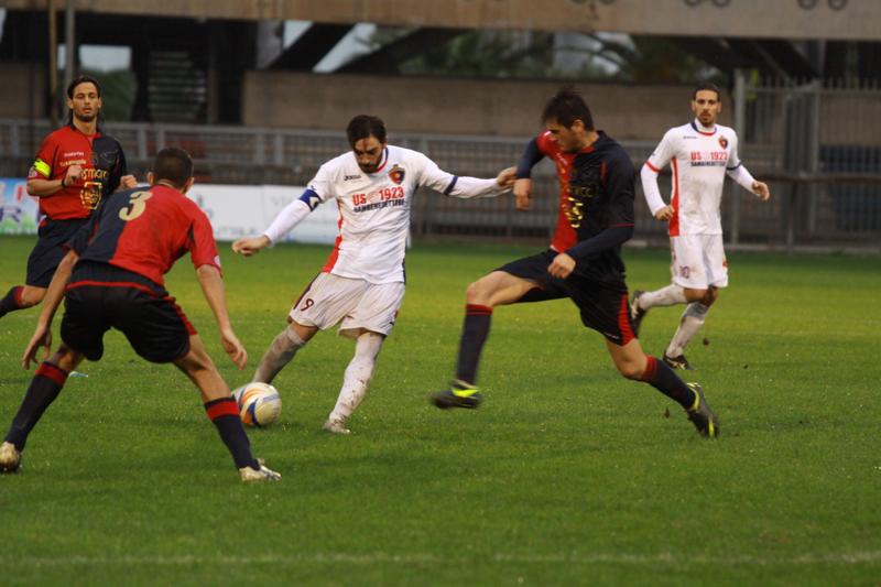 Samb-Civitanovese (4-0), Pazzi in azione (Foto Bianchini)