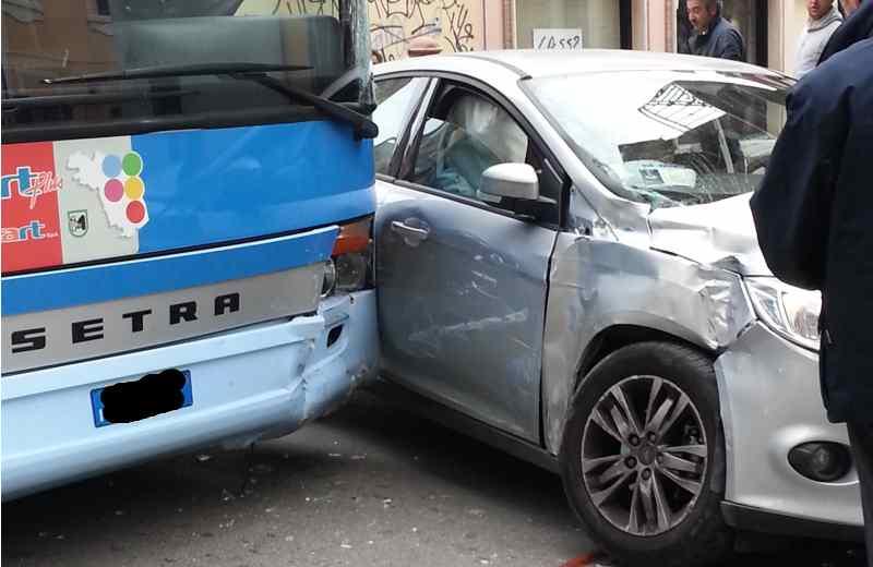 Incidente in via Carducci, un particolare