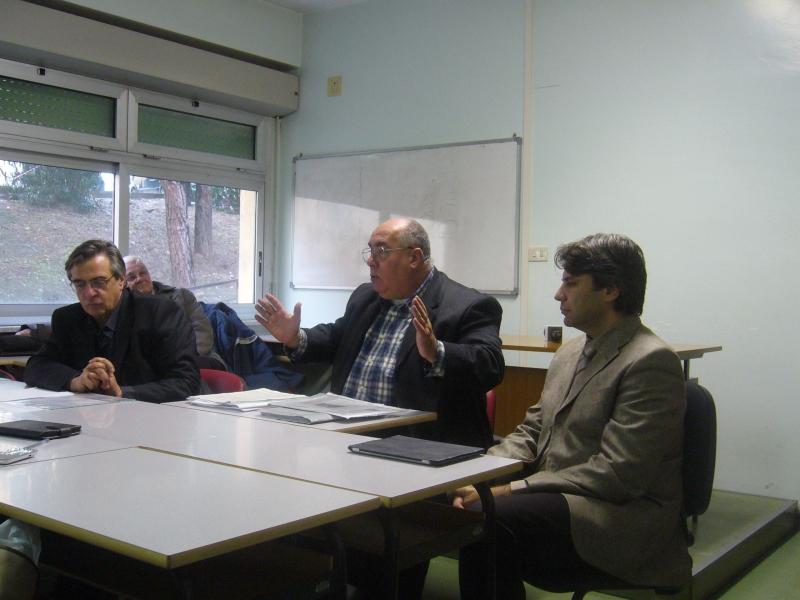 Luciano Moretti assieme ad alcuni componenti del Cimo
