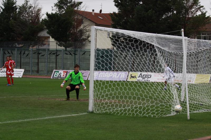 Samb-Ancona 2-2, il gol di Napolano, 2-1 (foto Bianchini) (34)