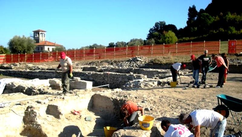 Scavi parco archeologico 2012 fonte notizie di zona