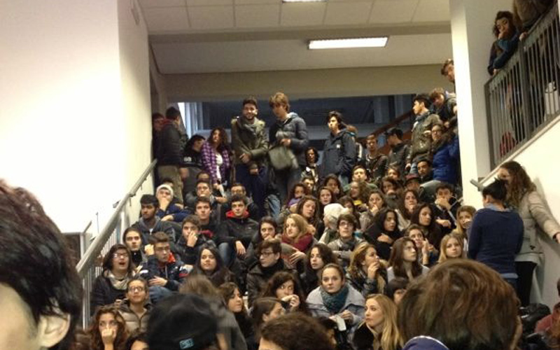 Studenti del liceo scientifico Rossetti occupato, 22 novembre