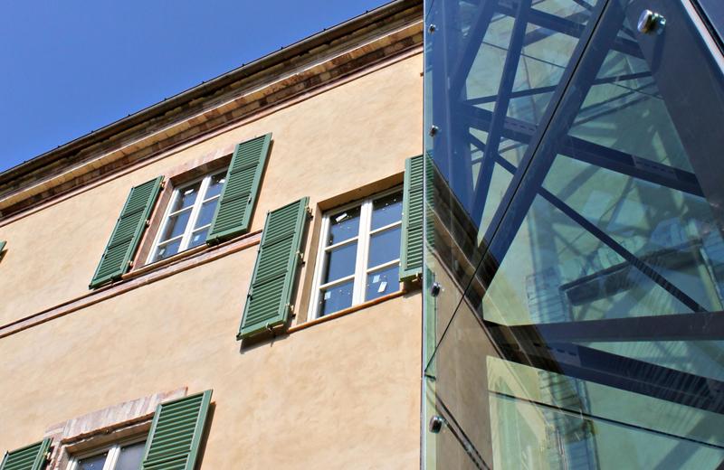 stato post restauro particolare 12 - torre ascensore esterna prospetto ovest (giardino)