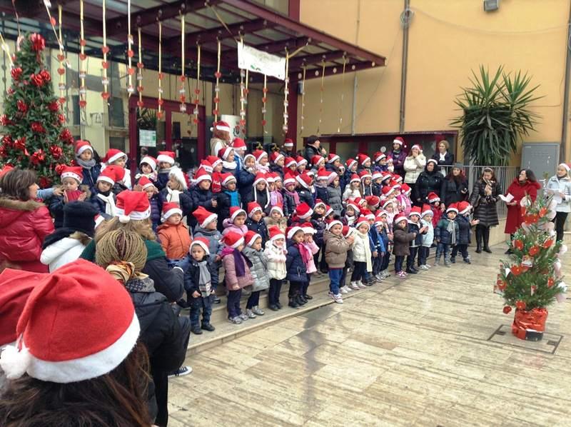 Natale 2012 Cupra Marittima piccoli alunni scuola materna  (2)