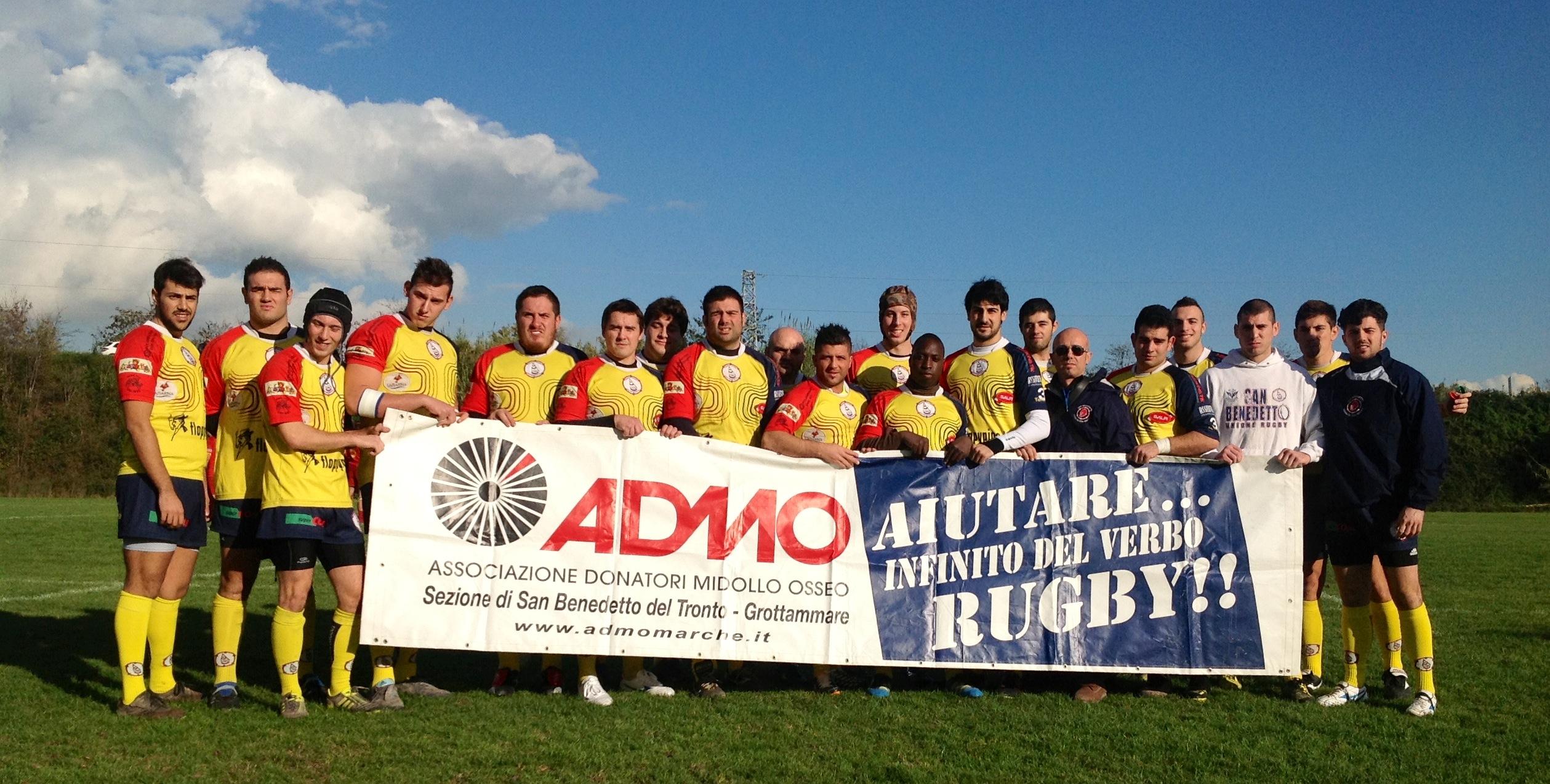 La formazione dell'Unione Rugby a sostegno dell'ADMO