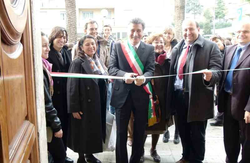 Il sindaco Luigi Merli inaugura il nuovo Archivio Storico