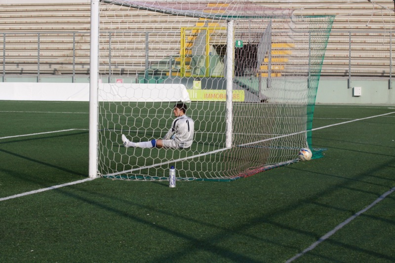 Amiternina-Samb, palla in rete, goal Napolano 0-1 (foto Bianchini)
