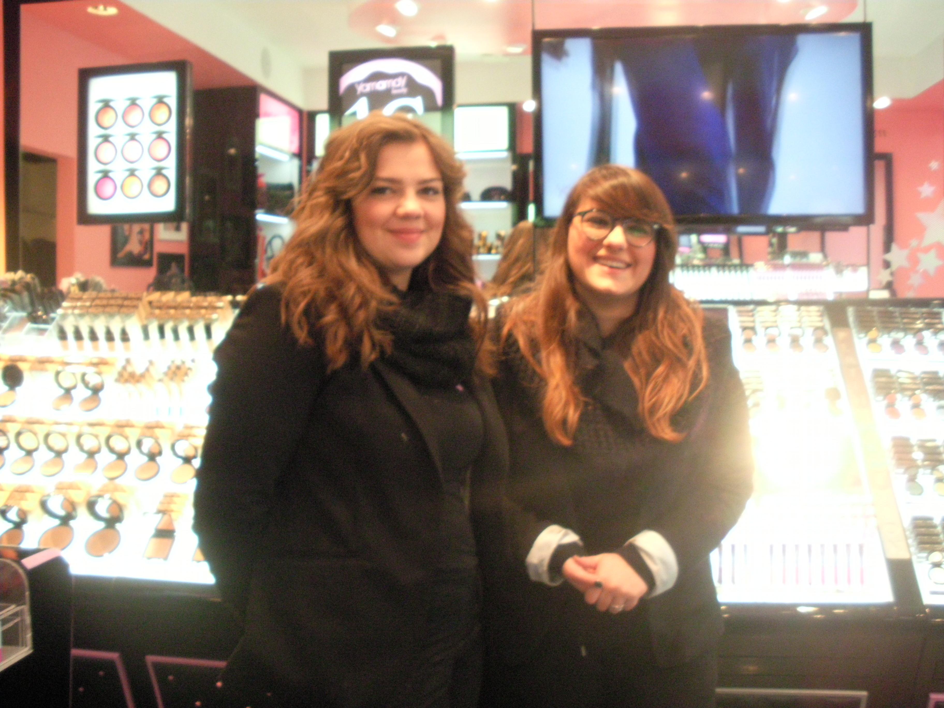 Le collaboratrici del punto vendita Yamamay Beauty