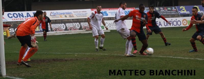 Samb-San Cesareo 3-3 (foto Bianchini) Djibo sta per segnare