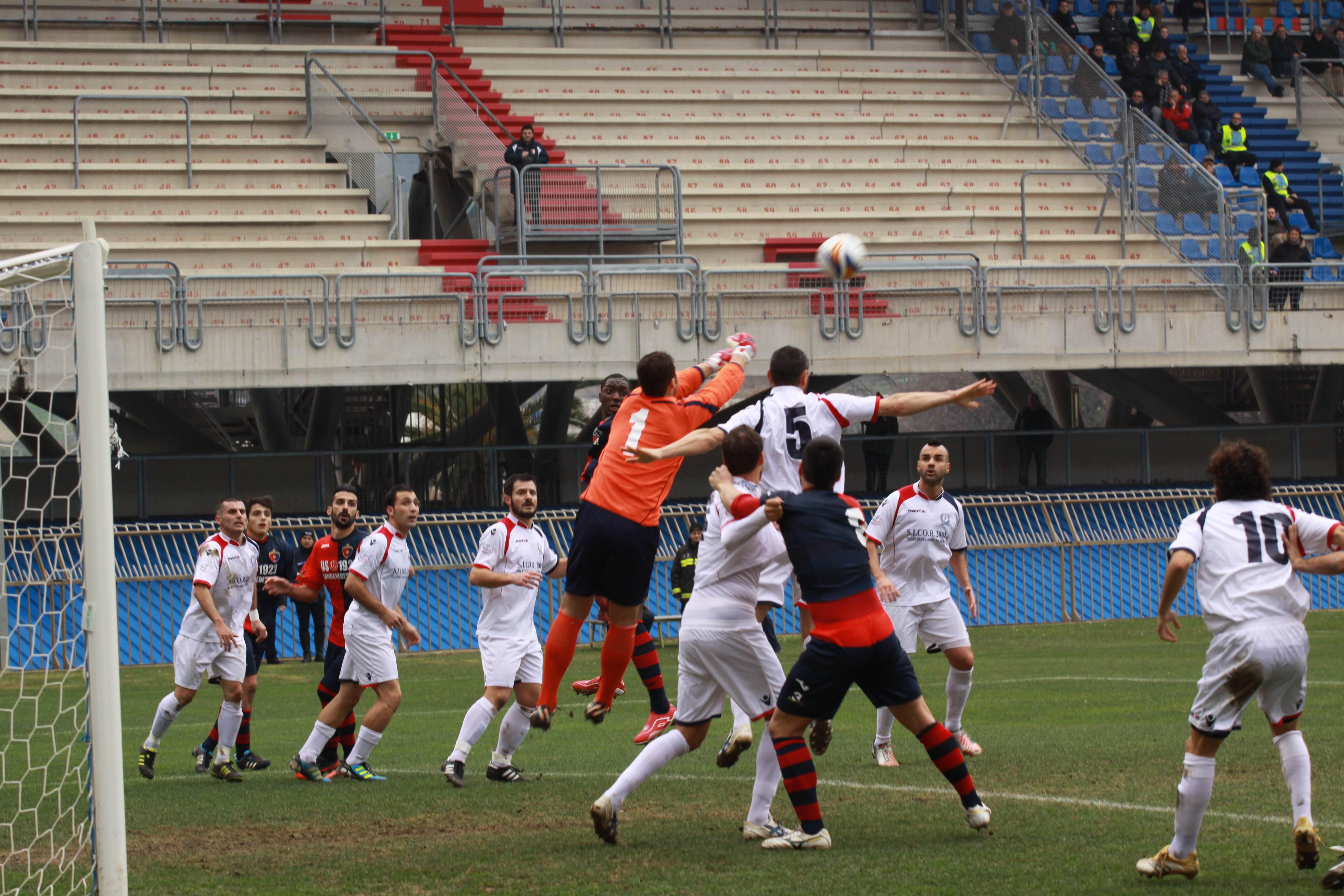 Samb-San Cesareo foto Bianchini attacco rossoblu