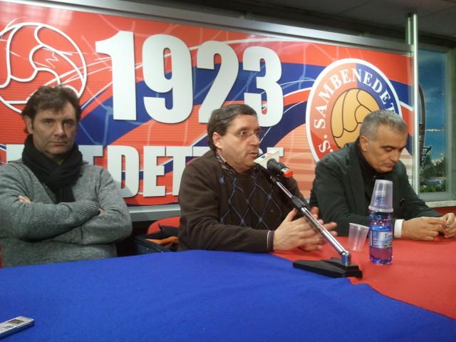 Spadoni, Pignotti e Maroni durante la conferenza di martedì 15 gennaio