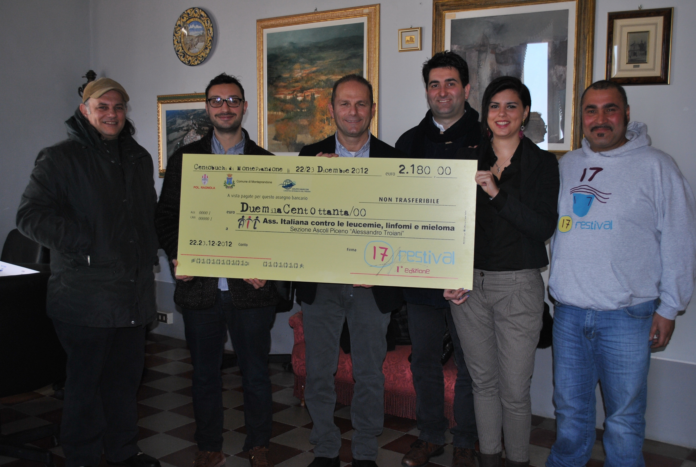 La donazione in favore dell' AIL di Ascoli Piceno.