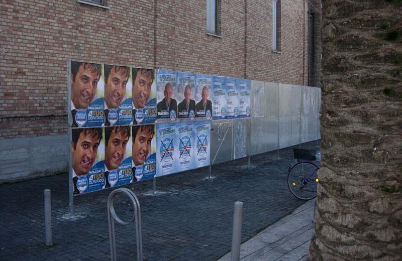 Martinsicuro, il Pd denuncia l'affissione di manifesti elettorali abusivi
