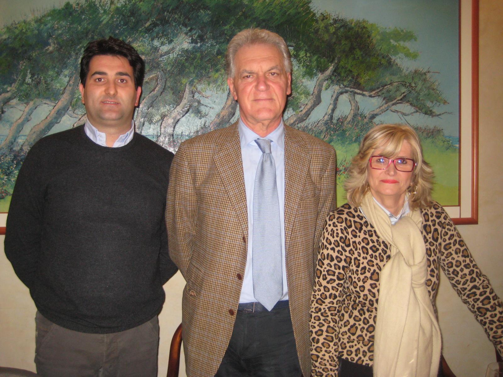 Il sindaco Stracci, Il Presidente della Provincia Celani e la Presidente Gabriella Sciarra