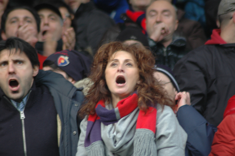 Samb-Maceratese 2-2, foto Giammusso, una pasionaria rossoblu