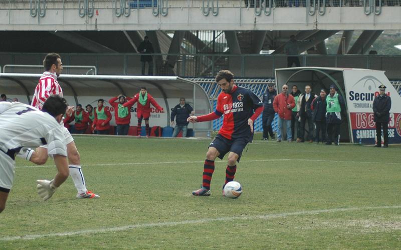 Samb-Maceratese 2-2, primo gol Pazzi (Giammusso)