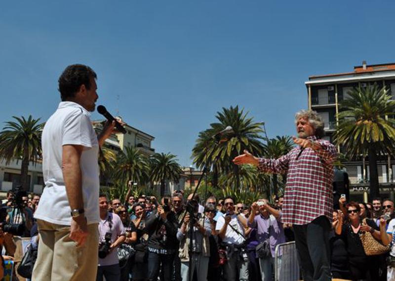 Gambini e Grillo nel maggio 2011