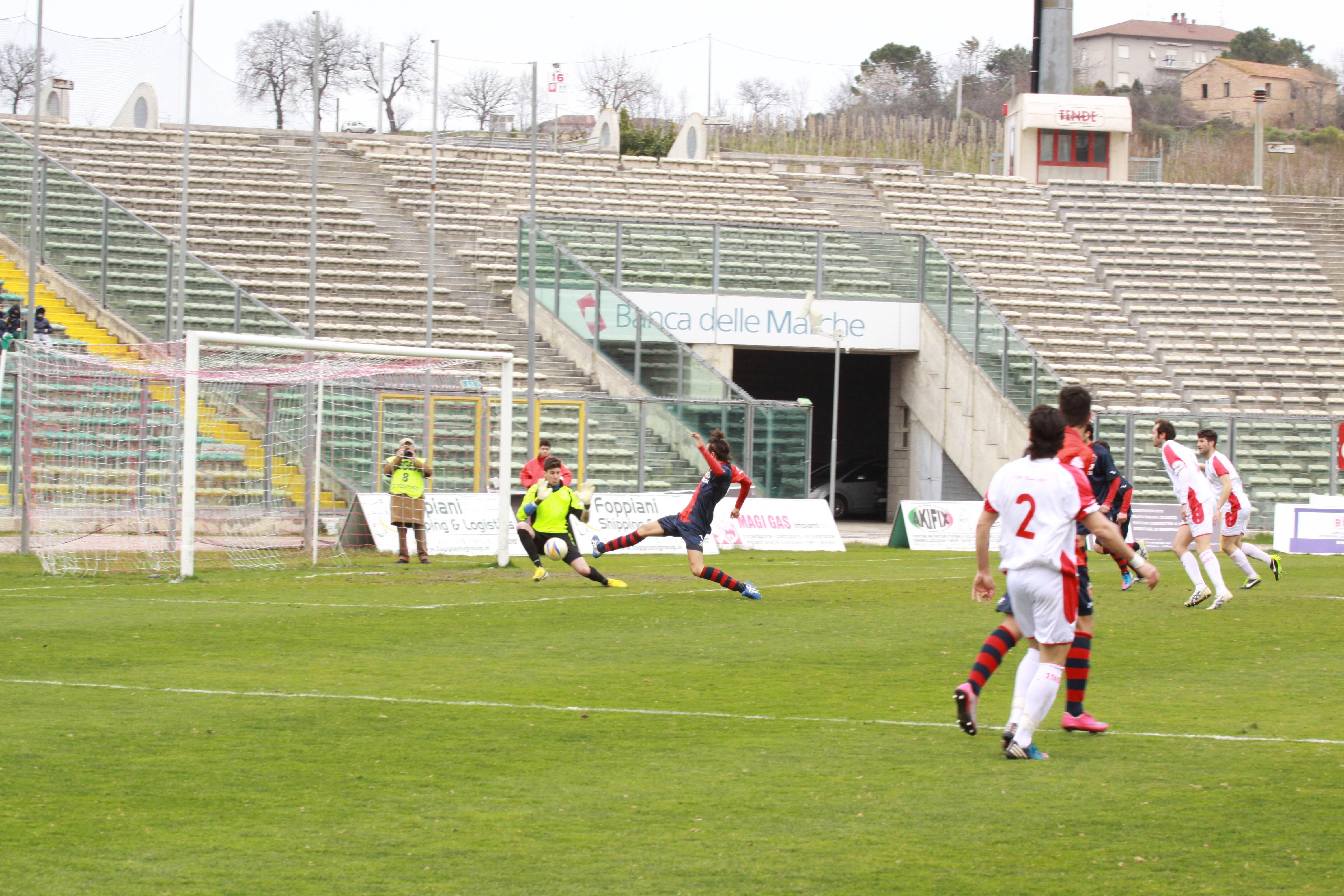 Ancona-Samb, zampata di Ianni, ed è 1-1 (bianchini)