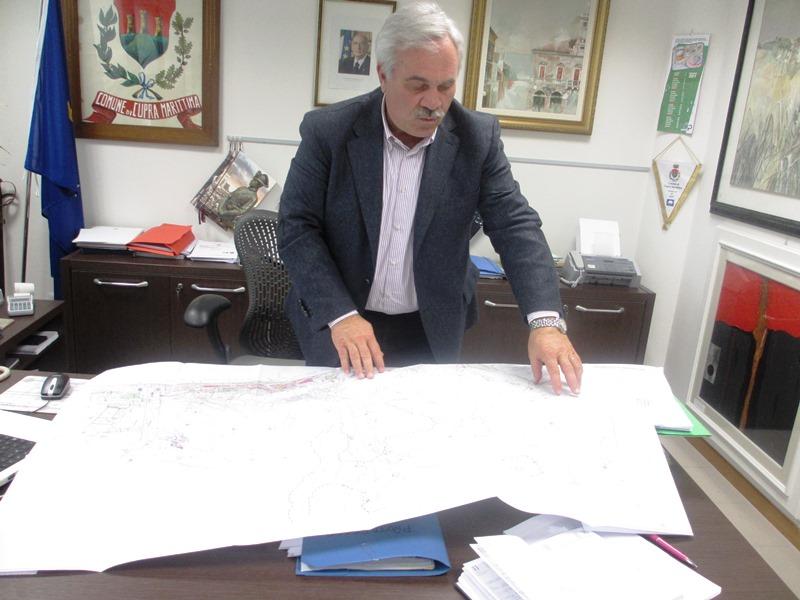 Domenico D'Annibali illustra il nuovo piano regolatore