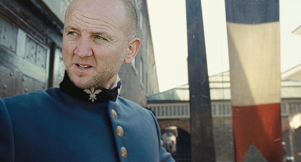 Palladini è Javert, nello splendido fotomontaggio di Matteo Bianchini