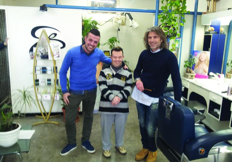 Alberto con Pino e un cliente