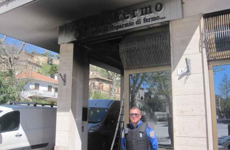 Incendio alla Carifermo (3)