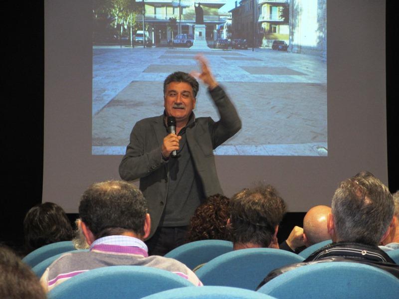 Luigi Merli a una riunione di Solidarietà e Partecipazione