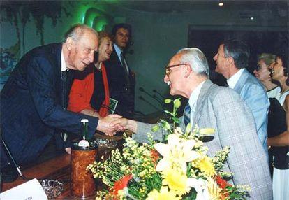 Luzi con il professor Diletti al Premio Montale, negli anni '90