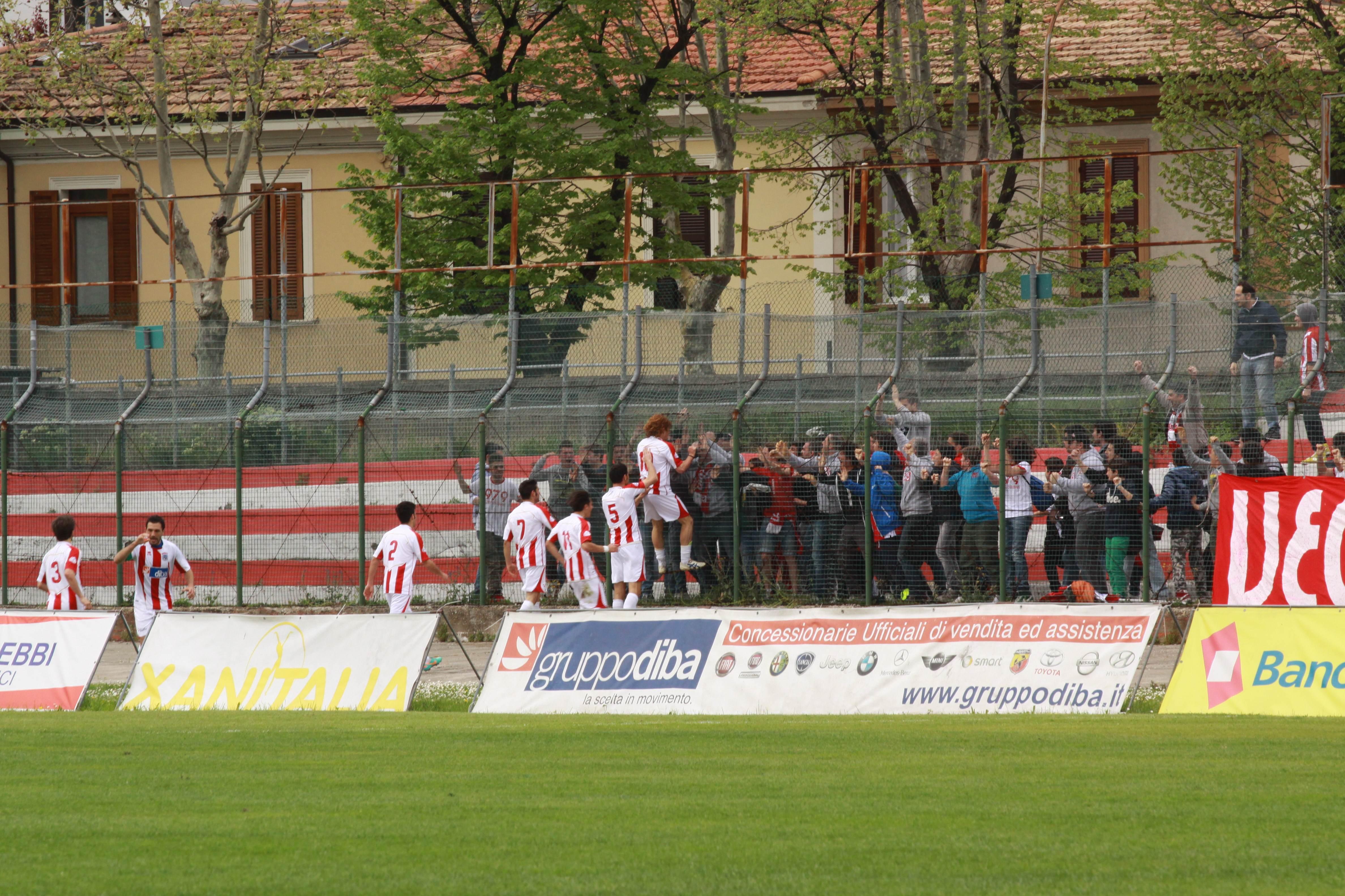 Samb-Vis Pesaro (bianchini) esultanza di Ridolfi dopo il gol