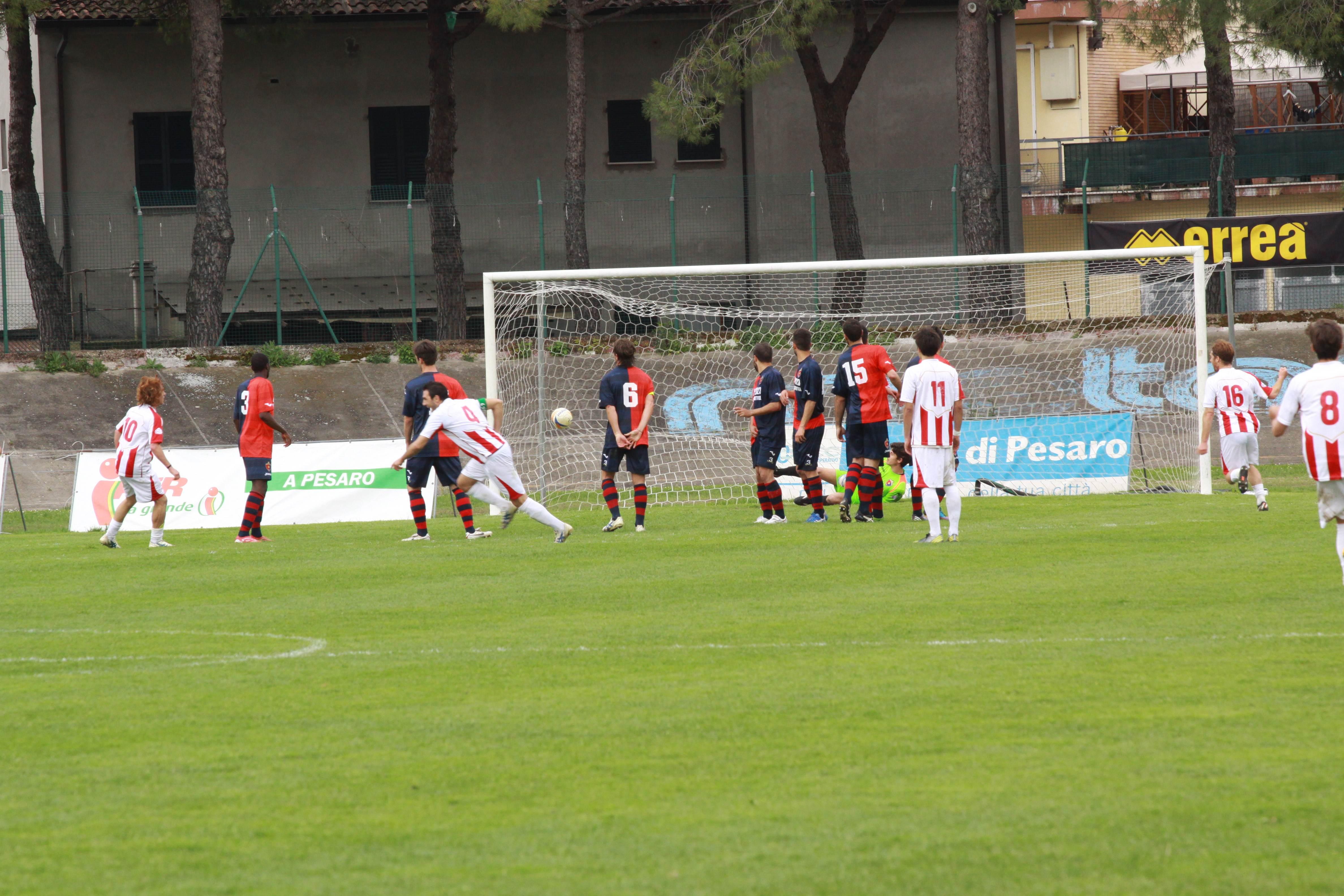 Samb-Vis Pesaro (bianchini) il 2-0
