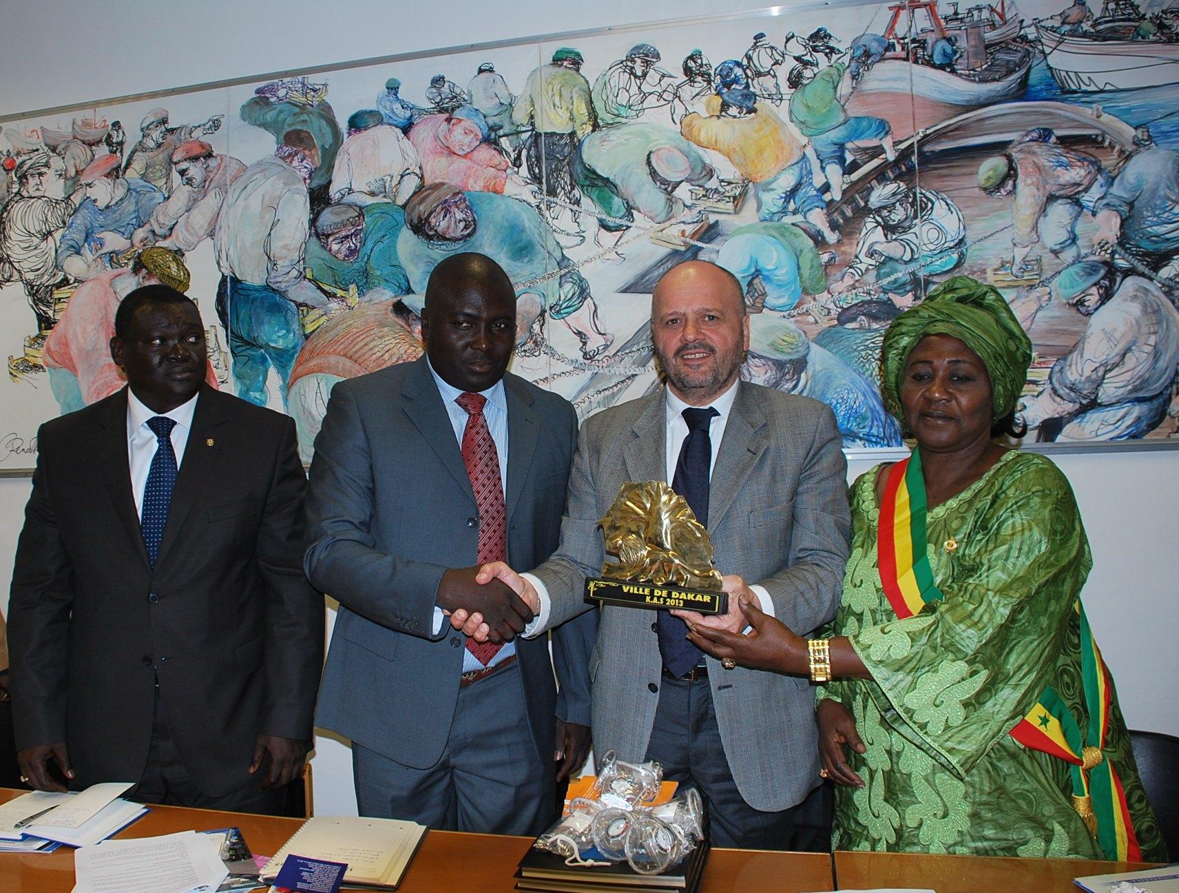 Delegazione Dakar col sindaco Gaspari