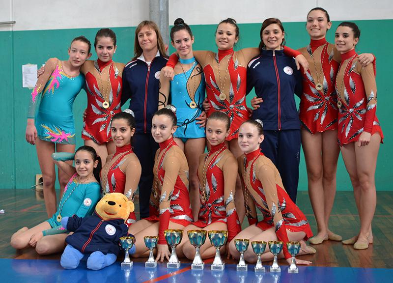 Le atlete della Progetto Ritmica durante i campionati regionali UISP