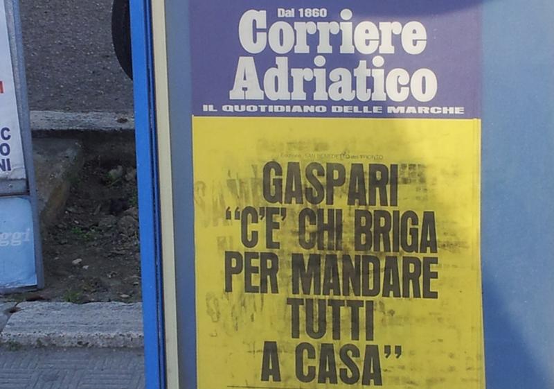 La locandina del Corriere Adriatico di oggi