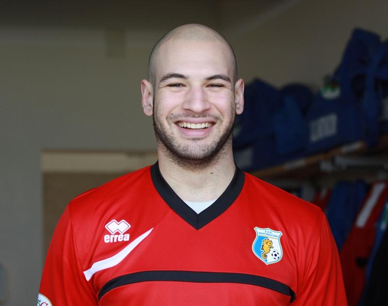 Il forte difensore Eugenio Paci, migliore in campo all'esordio dal primo minuto