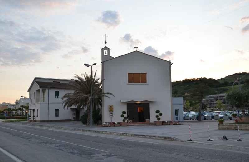 Festa Madonna di Fatima 2013, Chiesa Parrocchiale (foto di Tommaso Galieni)