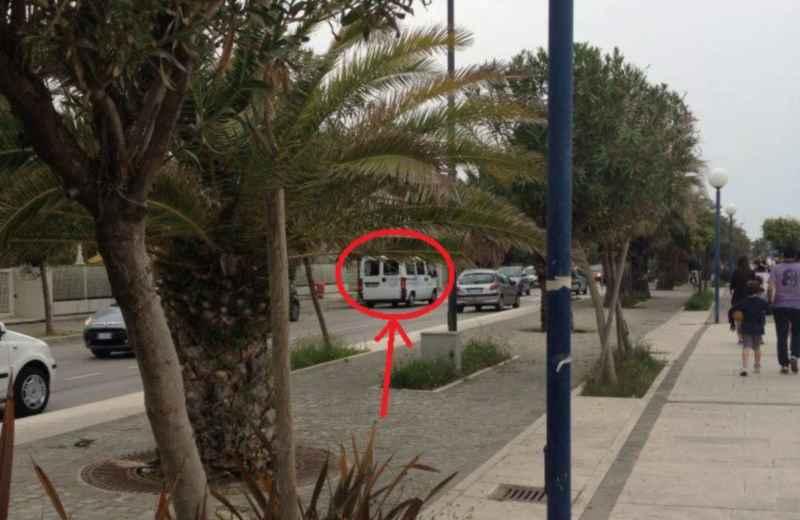 Foto del furgone scattata da Giovanni Palestini